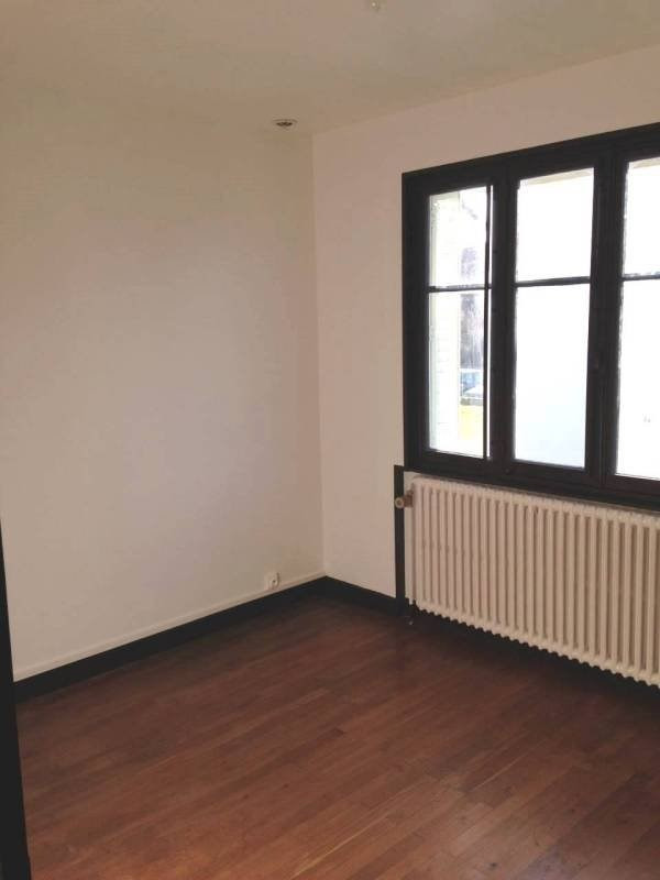 Location appartement Attignat 600€ CC - Photo 3