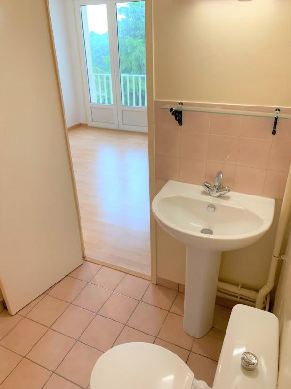Rental apartment Méry-sur-oise 578€ CC - Picture 8