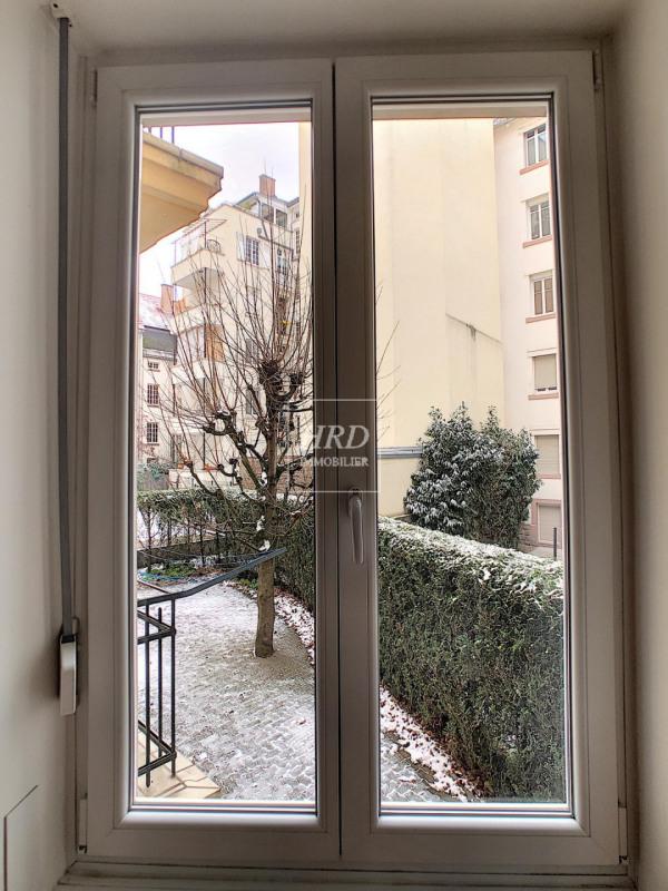 Rental apartment Strasbourg 830€ CC - Picture 9