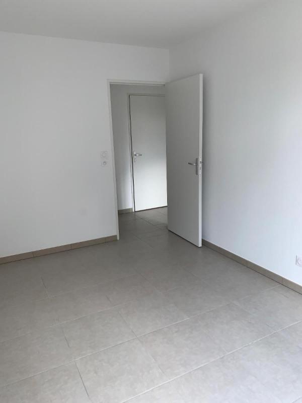 Rental apartment Jassans riottier 720€ CC - Picture 4