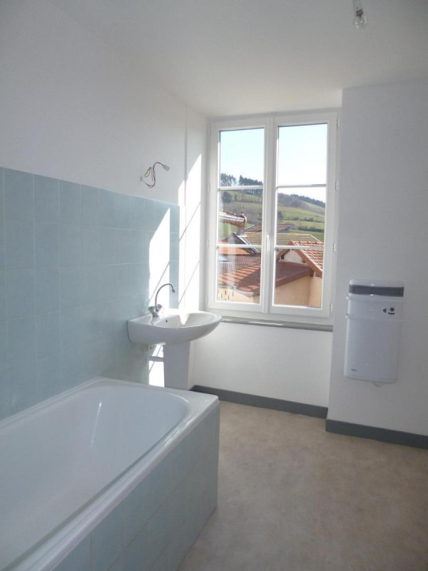 Location appartement Amplepuis 440€ CC - Photo 4