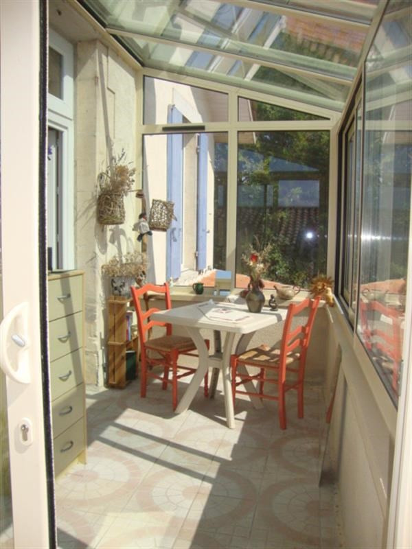 Sale apartment Saint-jean-d'angély 41400€ - Picture 6