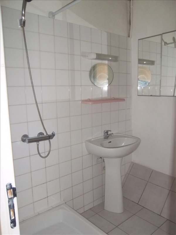 Location appartement Aubagne 450€ CC - Photo 3