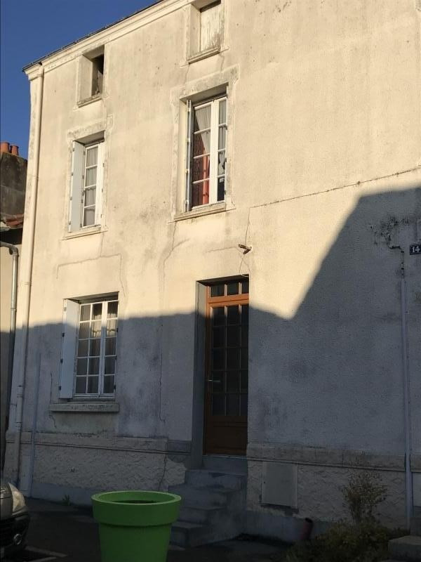 Sale house / villa St remy en mauges 86 150€ - Picture 1
