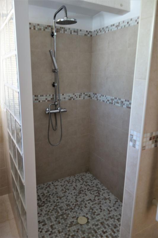 Location appartement Gemenos 740€ CC - Photo 5