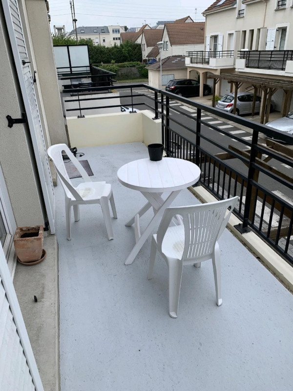 Sale apartment Persan 145000€ - Picture 4