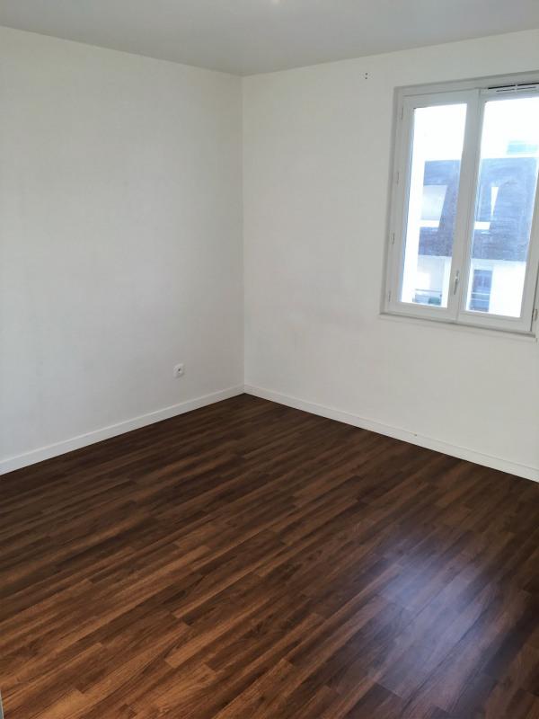Location appartement Franconville 918€ CC - Photo 10