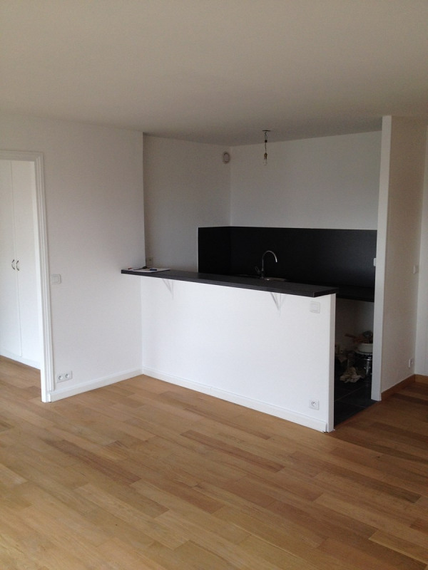 Location appartement Courbevoie 965€ CC - Photo 4