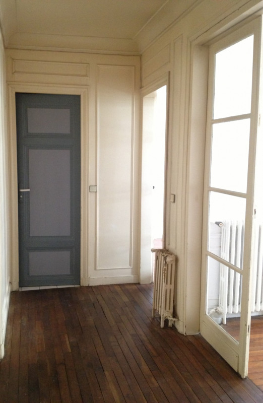 Location appartement Paris 11ème 1 440€ CC - Photo 5