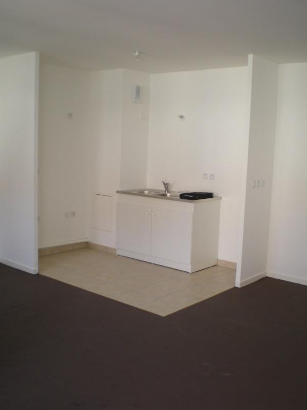 Location appartement Montlhery 616€ CC - Photo 2
