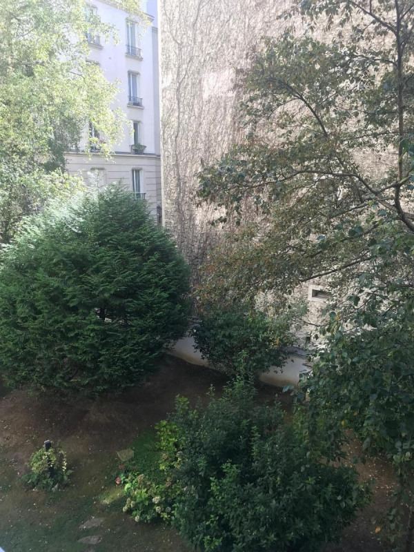 Location appartement Paris 16ème 2 450€ CC - Photo 10