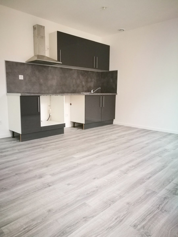 Sale apartment Melun 118800€ - Picture 1