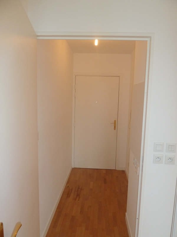 Location appartement Carrieres sous poissy 550€ CC - Photo 3