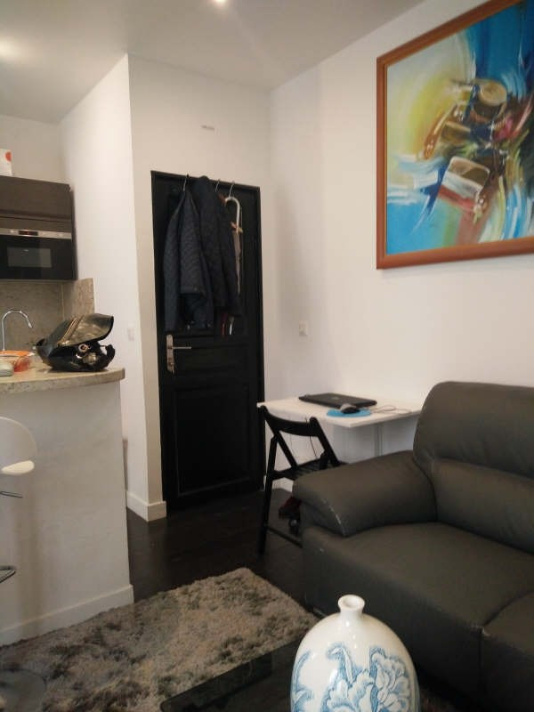 Location appartement Paris 7ème 1 500€ CC - Photo 10