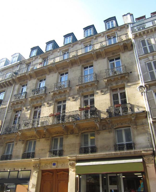 Rental office Paris 9ème 1584€ HC - Picture 2