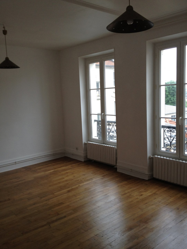 Location appartement Nogent-sur-marne 869€ CC - Photo 3
