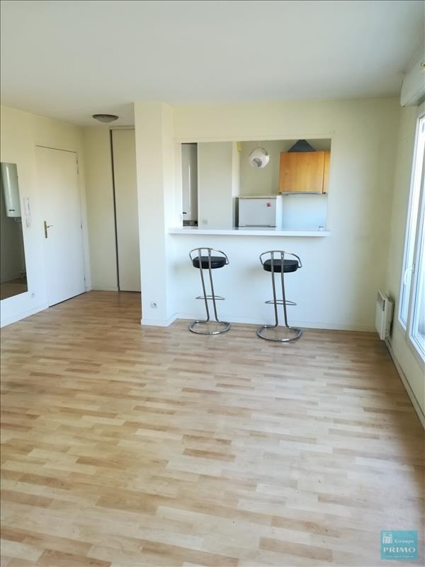 Location appartement Massy 721€ CC - Photo 2