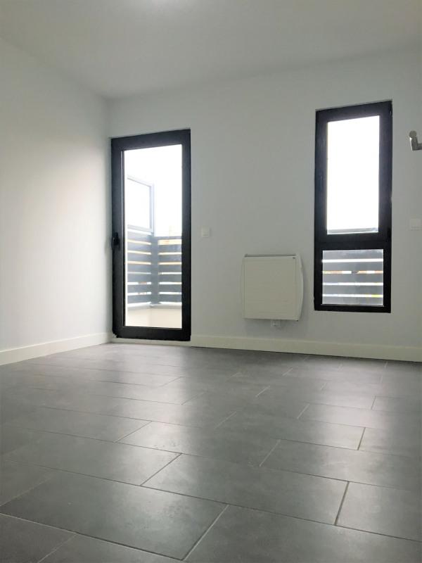 Rental apartment Pierrelaye 1000€ CC - Picture 9