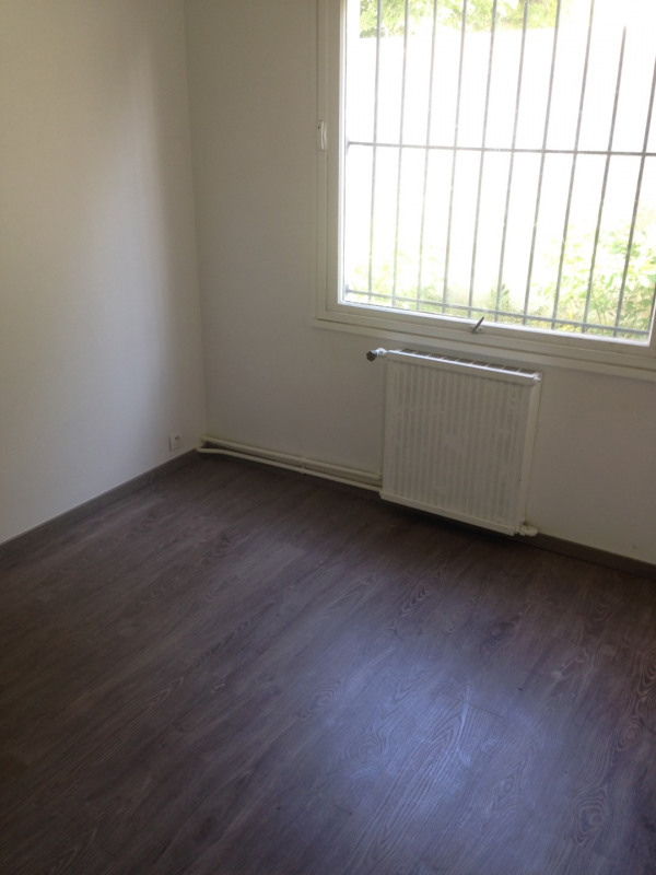 Rental apartment Montreuil 750€ CC - Picture 5
