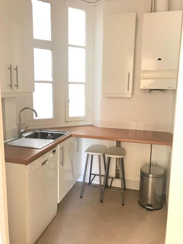 Location appartement Paris 17ème 1500€ CC - Photo 4
