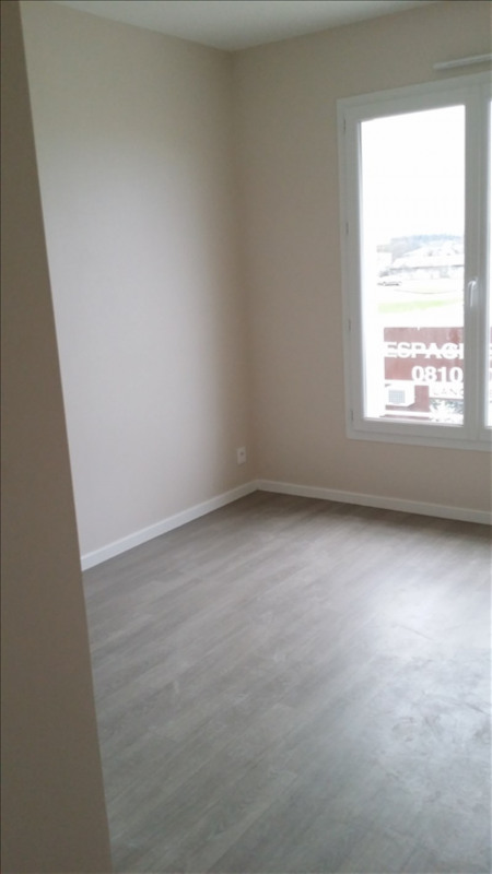 Location maison / villa La meziere 762€ +CH - Photo 3
