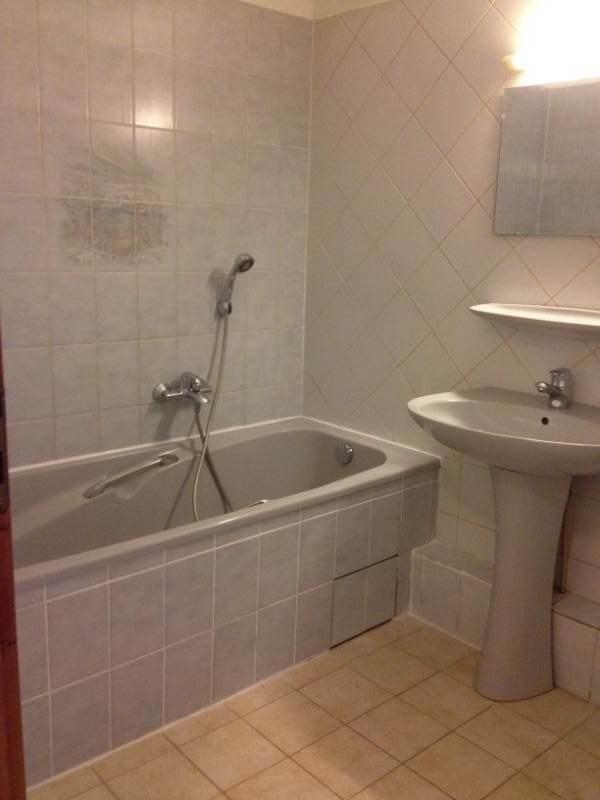 Rental apartment La roche-sur-foron 670€ CC - Picture 4