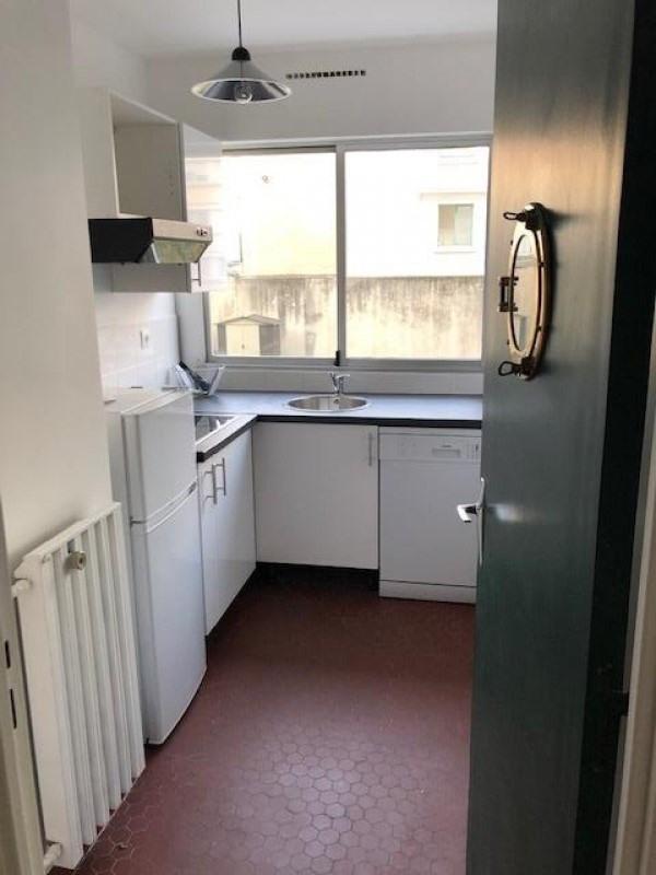 Rental apartment Paris 15ème 1850€ CC - Picture 5