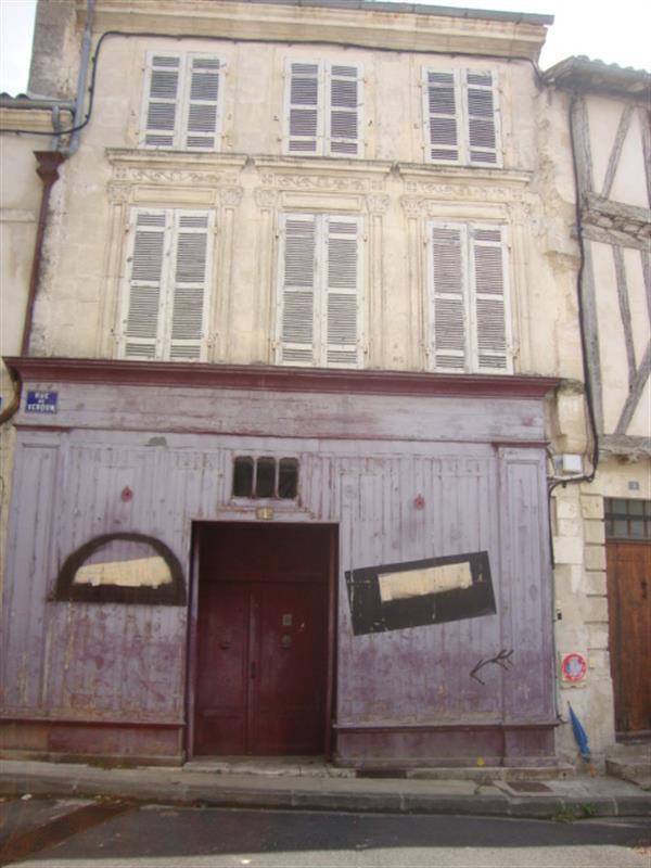 Vente maison / villa Saint-jean-d'angély 37200€ - Photo 1