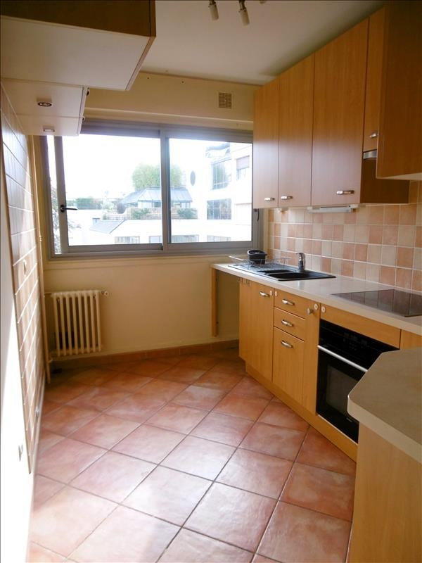 Rental apartment Levallois 2259€ CC - Picture 3