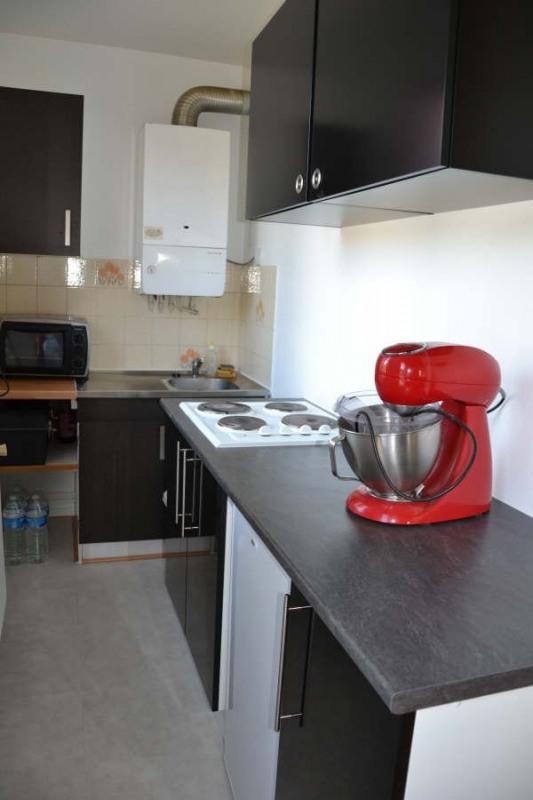 Rental apartment Le mesnil esnard 397€ CC - Picture 2