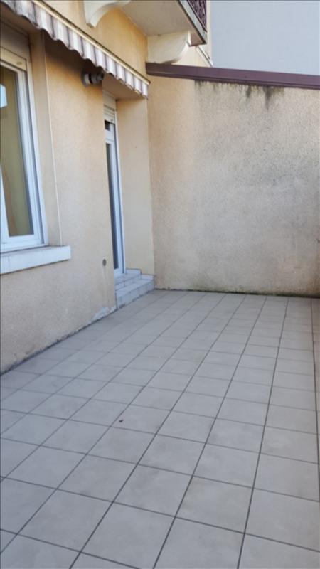 Alquiler  apartamento Sathonay camp 850€ CC - Fotografía 6