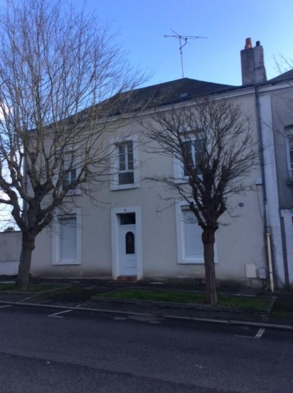 Sale house / villa Chateau renault 231000€ - Picture 1