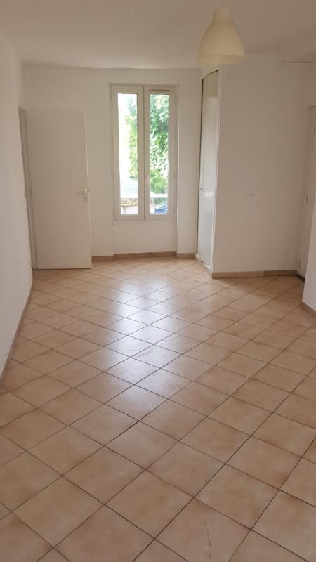 Rental apartment Montlhery 660€ CC - Picture 2
