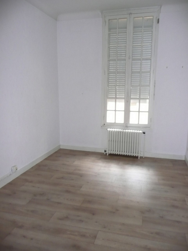 Rental apartment Bergerac 632€ CC - Picture 2