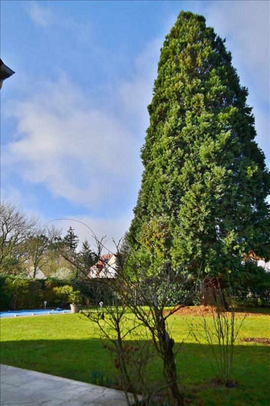 Sale house / villa Feucherolles 835000€ - Picture 2