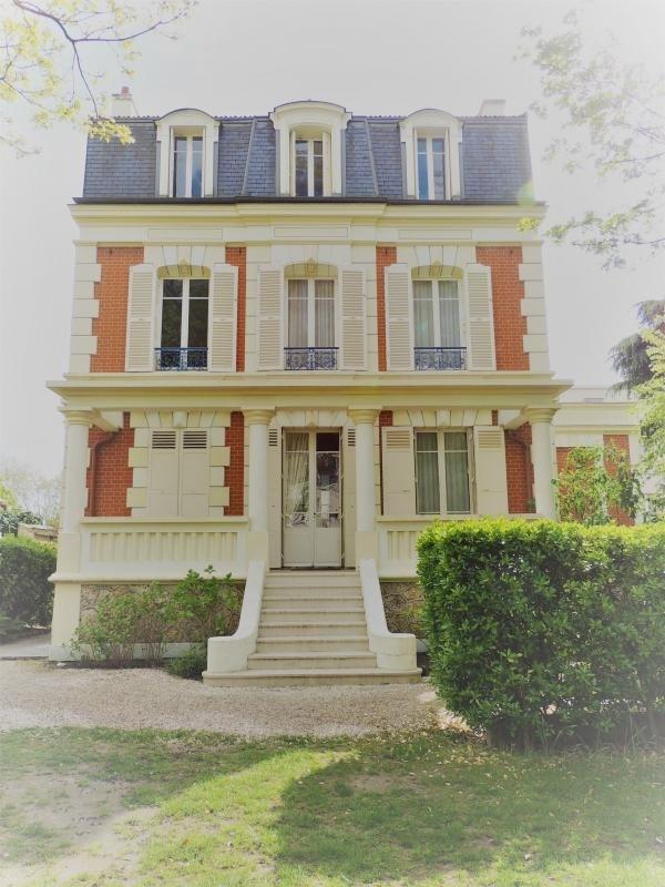 Deluxe sale house / villa Le vesinet 1550000€ - Picture 3