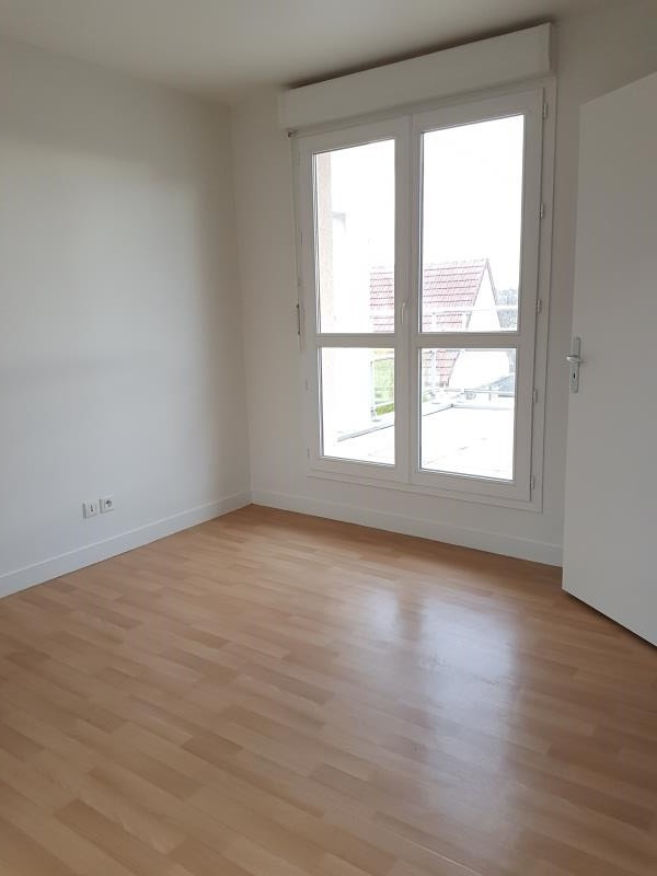 Location appartement Aubigny sur nere 554€ CC - Photo 3