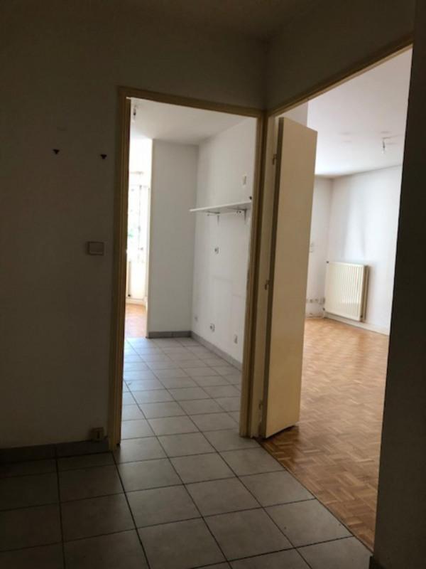 Rental apartment Lyon 4ème 1090€ CC - Picture 4