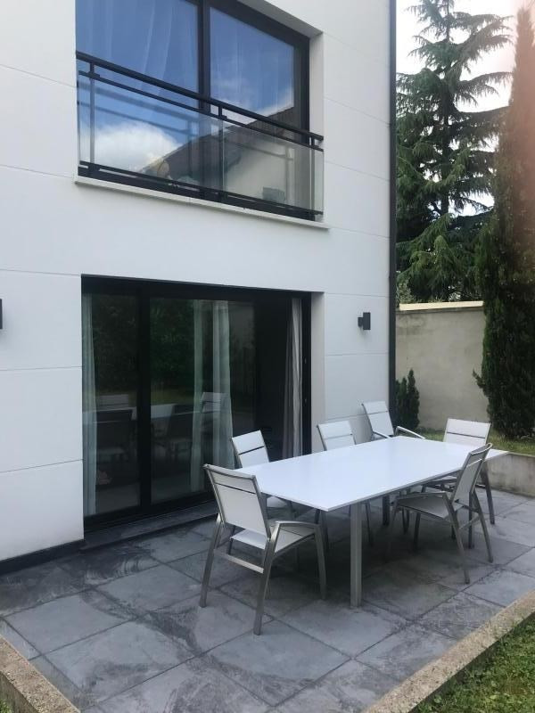 Revenda casa Bry sur marne 630000€ - Fotografia 1