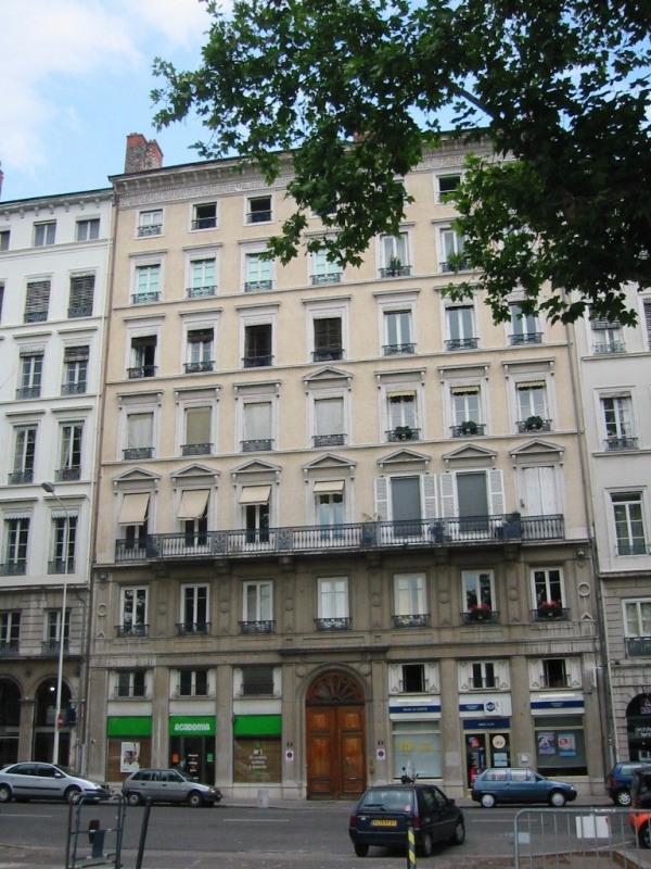 3 quai sarrail-8 rue moliere