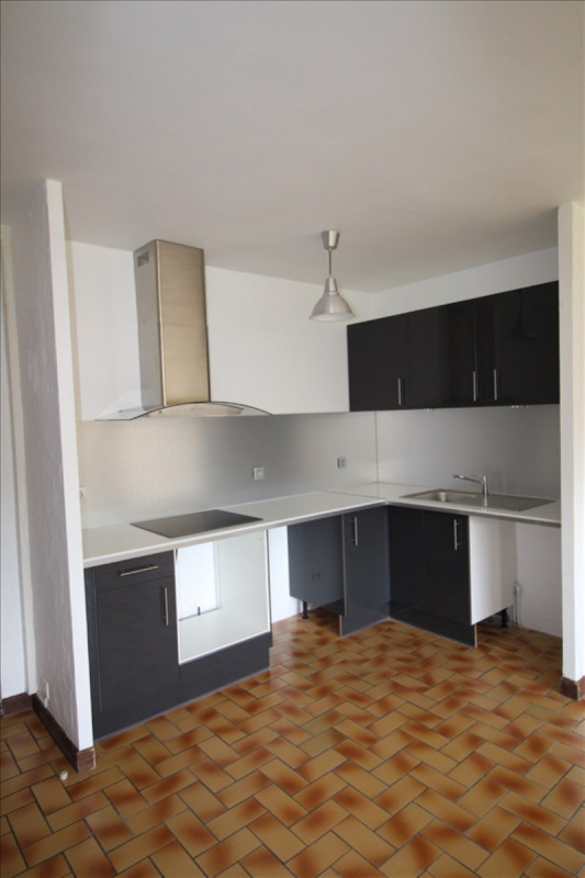 Location appartement Sallanches 580€ CC - Photo 1