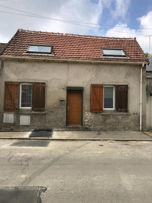 Sale house / villa Chambly 185 000€ - Picture 1