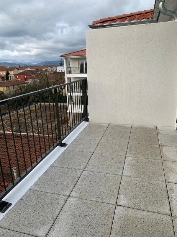 Rental apartment Jassans riottier 555€ CC - Picture 9
