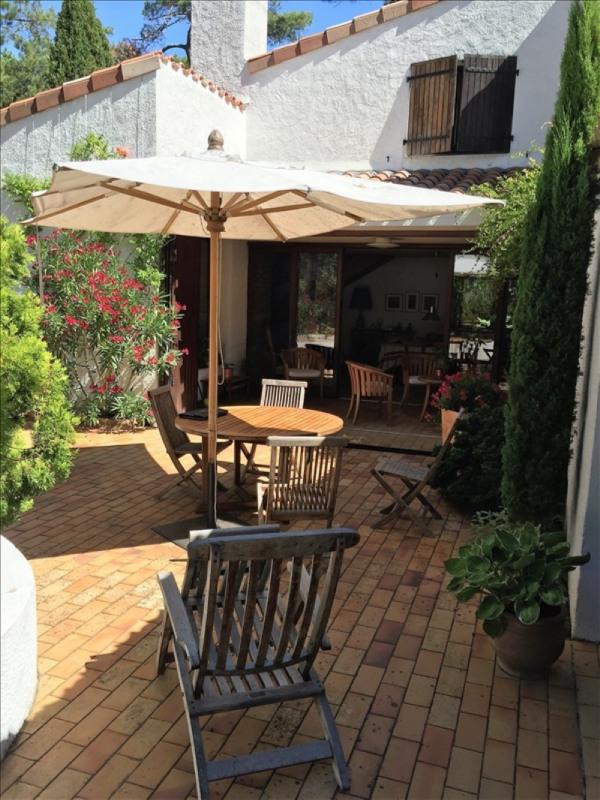 Deluxe sale house / villa La tranche sur mer 884000€ - Picture 2