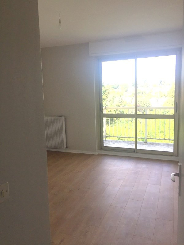Rental apartment Ecully 1 190€ CC - Picture 6