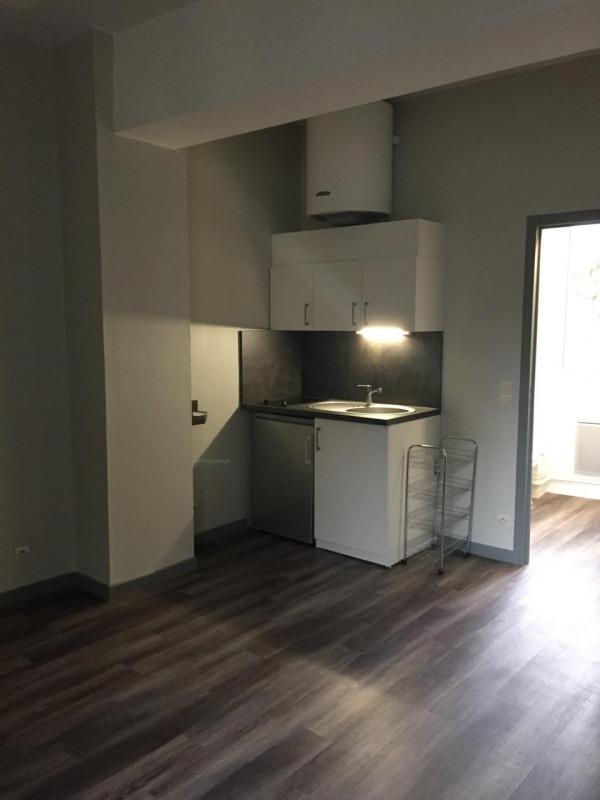 Location appartement Villejuif 603€ CC - Photo 1