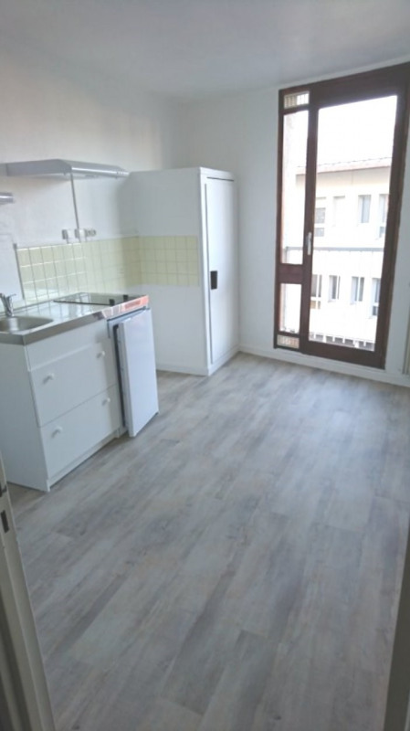 Rental apartment Rambouillet 1090€ CC - Picture 3