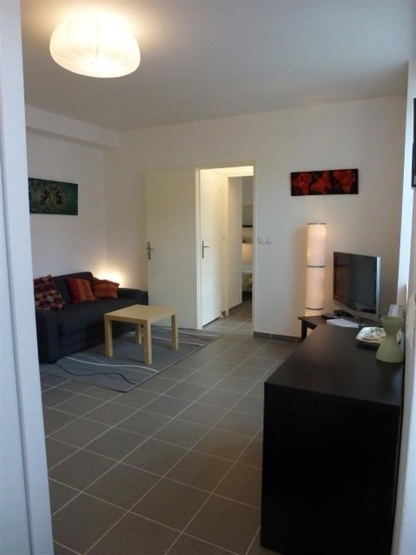 Rental apartment Fontainebleau 910€ CC - Picture 3