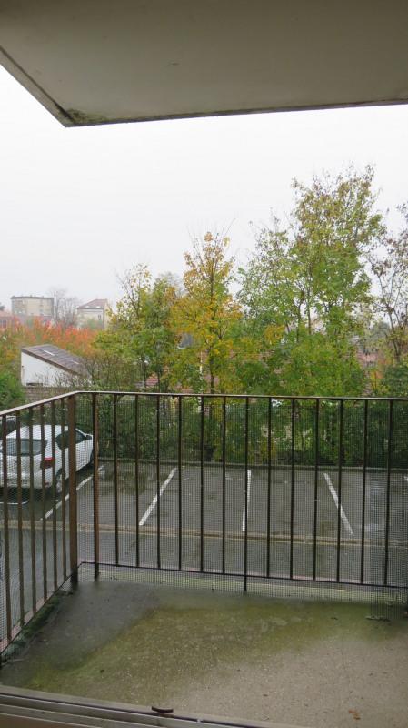 Sale apartment Le raincy 184000€ - Picture 2