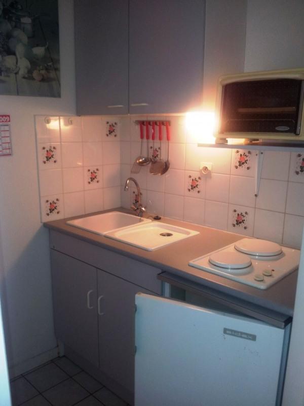 Location appartement Vaux sur mer 429€ CC - Photo 4